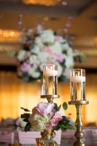 wedding-flowers-candle
